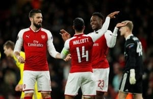 Arsenal kan göra sig av med Theo Walcott