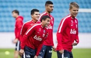 Officiellt: AIK värvar norrmannen Tarik Elyounoussi