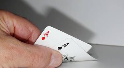 Gillra fällor poker