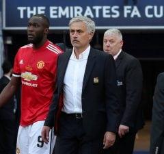 Jose Mourinho kritiserar Chelsea efter finalförlusten