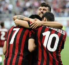 Uppgifter: Milan siktar in sig på fyra anfallare