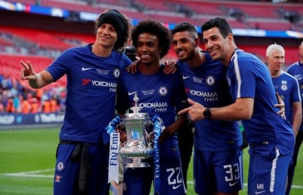 Arsenal jagar Chelseas David Luiz
