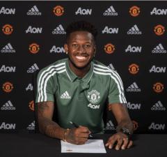 Officiellt: Manchester United värvar Fred