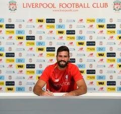 Officiellt Liverpool köper loss Alisson