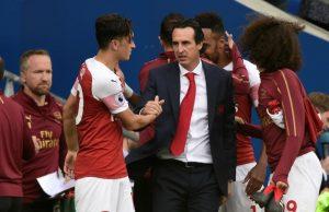 Emery Jag kommer överens med Özil