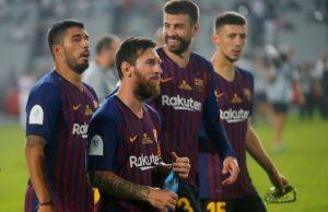 Först Pique - nu välkomnar även Suarez Pogba till Barcelona