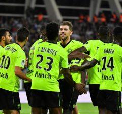 Manchester United jagar Nicolas Pepe