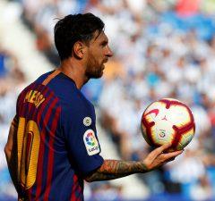 Uppgifter: Beckham vill se Messi i MLS
