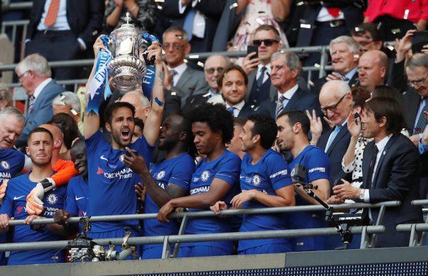 Cesc Fabregas överväger att lämna Chelsea