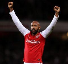 Henry på väg till Aston Villa