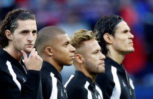 Uppgifter: Rabiot nobbar Barca för att förlänga med PSG