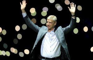 Wenger kan ta över Milan