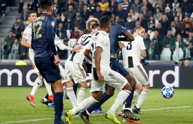 Uppgifter: Juventus vill sälja Alex Sandro