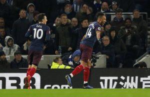 Mesut Özil kommer allt närmre en flytt från Arsenal