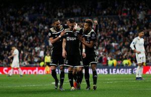 Kamp i Premier League om David Neres