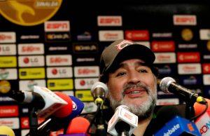 Maradona vill ta över Manchester United