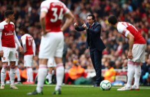 Uppgifter: Emery går med på att släppa Özil i sommar
