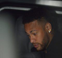 Uppgifter: PSG öppnar för att sälja Neymar
