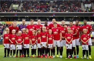 Manchester United pushar för Maguire