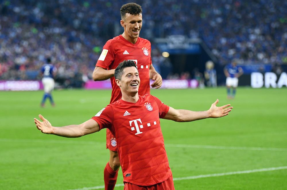 Robert Lewandowski förlänger med Bayern Munchen