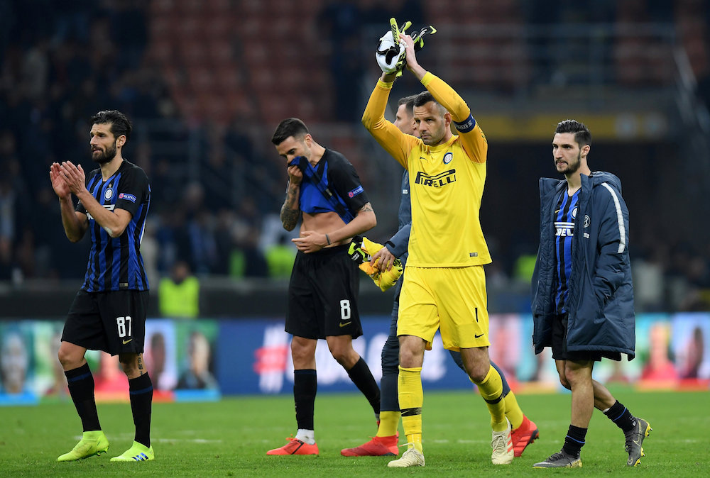 Uppgifter: Inter förlänger med Handanovic