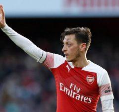 Uppgifter- Mesut Özil nära flytt till Fenerbahce