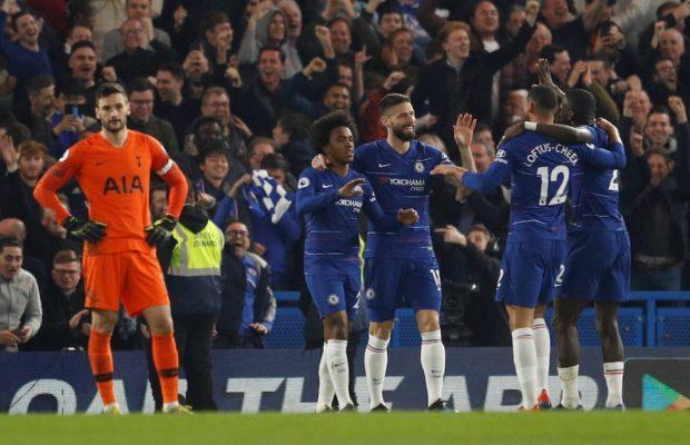 Willian flirtar med Jose Mourinho