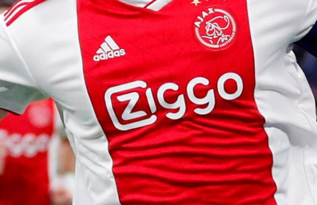 """Van der Sar: """"van de Beek kommer lämna Ajax"""""""