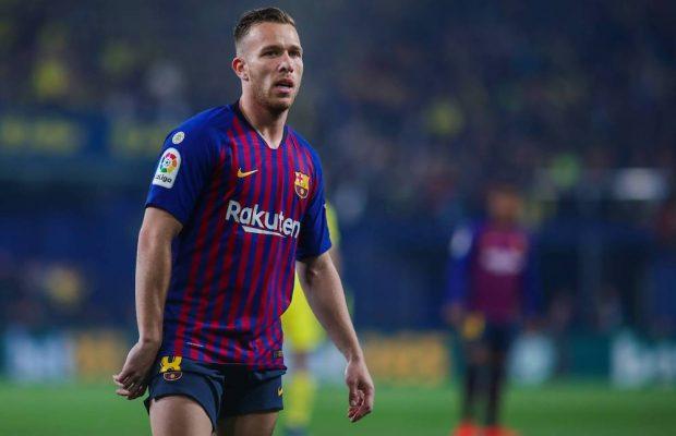 Officiellt: Barca och Juventus byter Arthur mot Pjanic