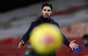 William Gallas vill att Arsenal sparkar Arteta
